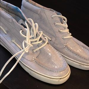 Sperry topsides